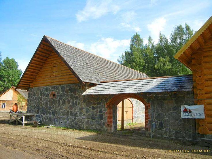 Старинные деревянные ворота