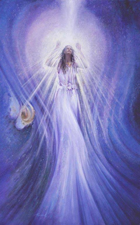 Imagine uma luz branca brilhante entrando pelo topo de sua cabeça, e movendo-se para baixo para o seu chacra cardíaco. Sinta o seu coração pulsando com luz. Imagine essa luz que irradia para fora através de cada célula do seu corpo. Sinta seu corpo pulsando com luz e amor. Visualize a luz expandindo-se além de seu corpo, em torno de você em uma bolha de luz branca brilhante.