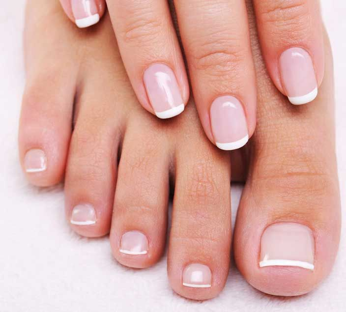 #french #nails #manicure staat altijd zo verzorgd