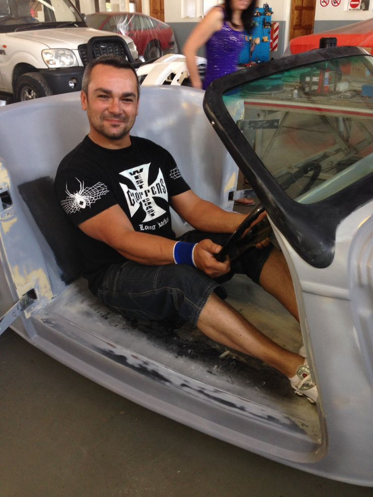 '33 Ford Roadster. The creator: Mr. Fernando De Gouveia.