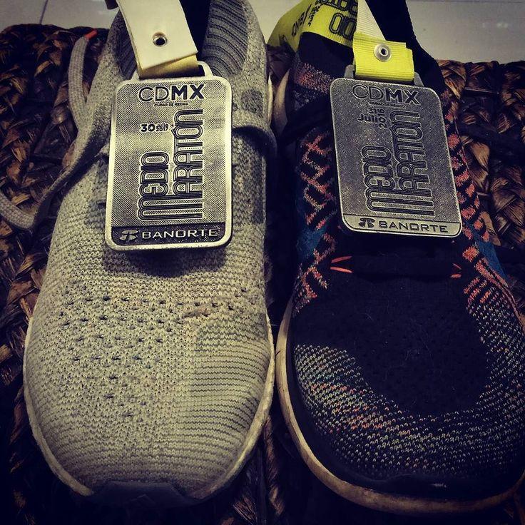 Reto fotográfico - día seis - tus zapatos #runningtogether #runforfun #runner #runners #halfmarathon #mediomaratoncdmx #mediomaraton #adidas #nike #banorte #mexicocity #mexico #sport #healthychoices