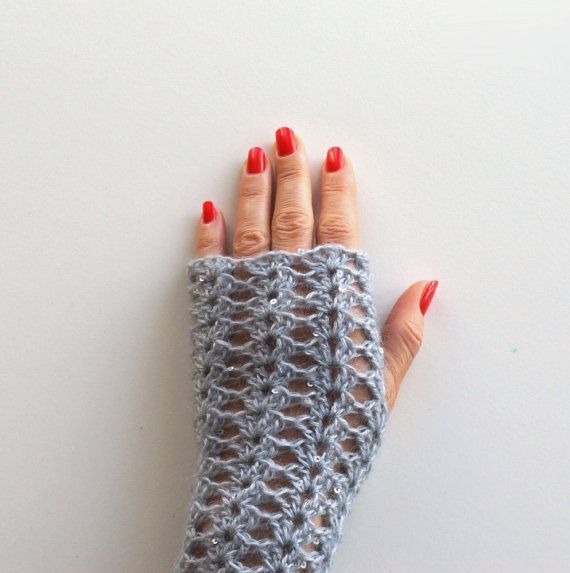 Crocheted gloves with sequins handmade by IsettaTricot on Etsy