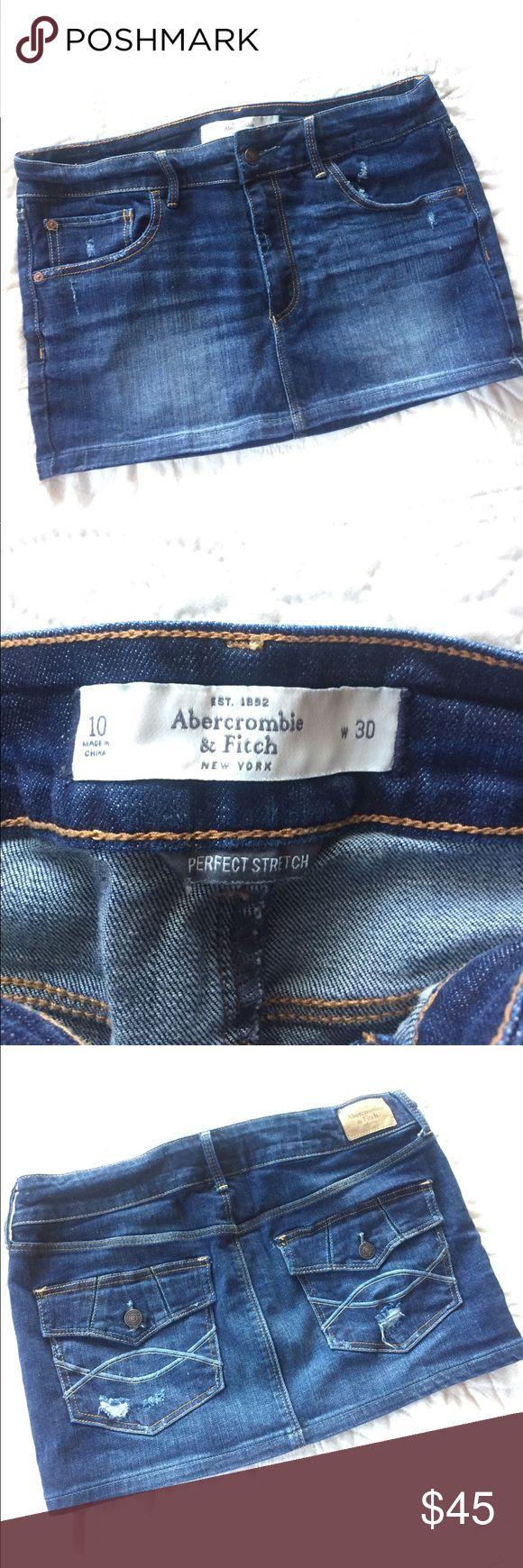 Denim Short Skirt 30 Abercrombie and Fitch Looks like new, dark denim, nice stretch. Love the back pockets! 99% Cotton 1% Elastine Abercrombie & Fitch Skirts Mini