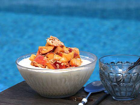 Citronglass med persika och mandel