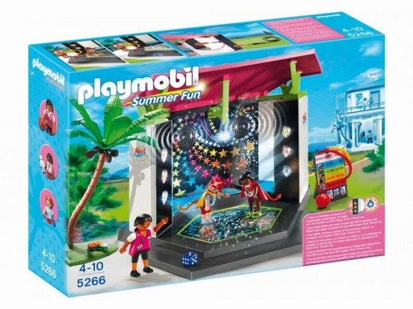 Конструктор Playmobil Отель: Детский клуб с танц площадкой  Чем занять детей в городке Playmobil, чтобы они весело провели время и не скучали? конечно ж отправиться на детскую танцплощадку, где можно вдоволь натанцеваться.   Подключайте к игрушке свой музыкальный плеер, включайте любимую музыку и можете танцевать со своими маленькими друзьями.   Танцплощадка имеет световые эффекты, так что можно устроить настоящую дискотеку.  В комплекте детский клуб, пальма, 4 минифигурки, аксессуары и…
