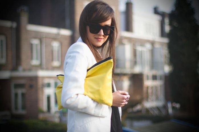 Style Scrapbook: DIY: YELLOW CLUTCH