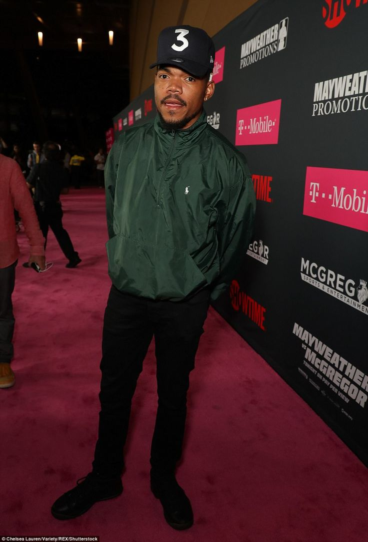 Chance The Rapper left his daughter Kensli in the care of his brother Taylor Bennett to attend the big fight night