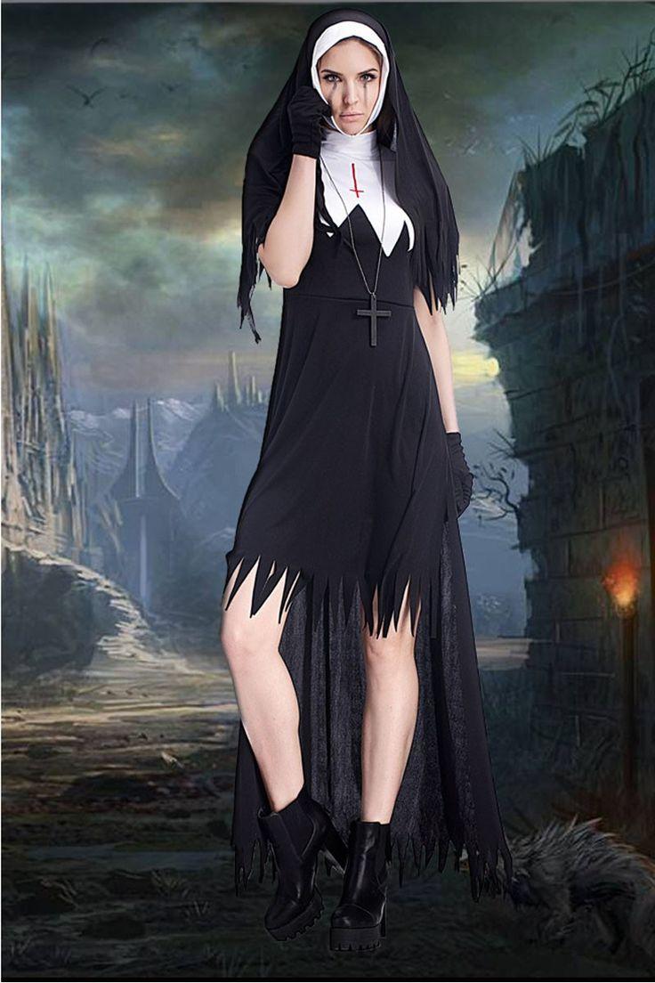 Adult halloween priest