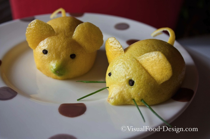 A lemon mouse to garnish your fish plates. Video tutorial available (in Italian only, at the moment) on my VisualFood Channel: http://www.youtube.com/watch?v=qQBL5h_3pkg