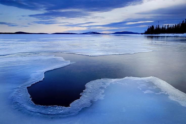 Lac Chibougamou, Baie-James, Quebec, Canada Photo : Mathieu Dupuis www.mathieudupuis.com    #baie-james #quebec #canada #paysage #landscape #mathieudupuis #mathieudupuisphotographer #travel #voyage #travelphotographer