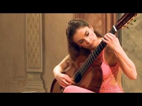 Ana Vidovic plays Recuerdos de la Alhambra by Francisco Tárrega クラシックギター - YouTube