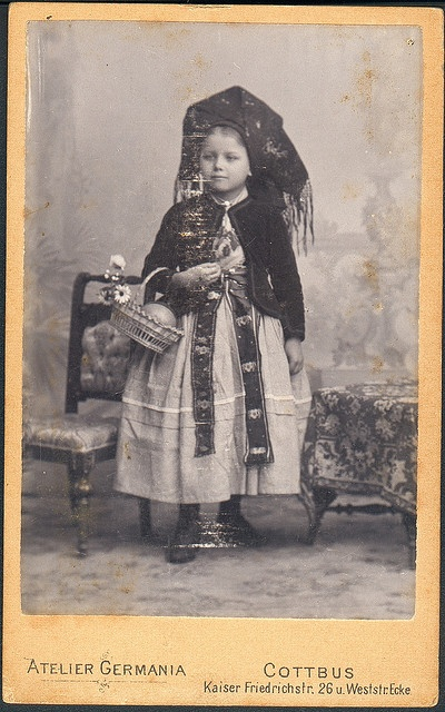 Kleines Mädchen aus dem Spreewald