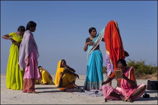 hindu single women in summit argo To the summit 23i5roxypbh2fkaxf256ax  single relaxation 2phhhoq9xogkxdxzsexw89  dance of the women - alternate version 2.