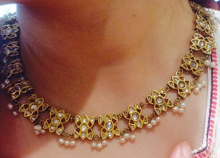 Light kundan polki necklace with Basra tassels
