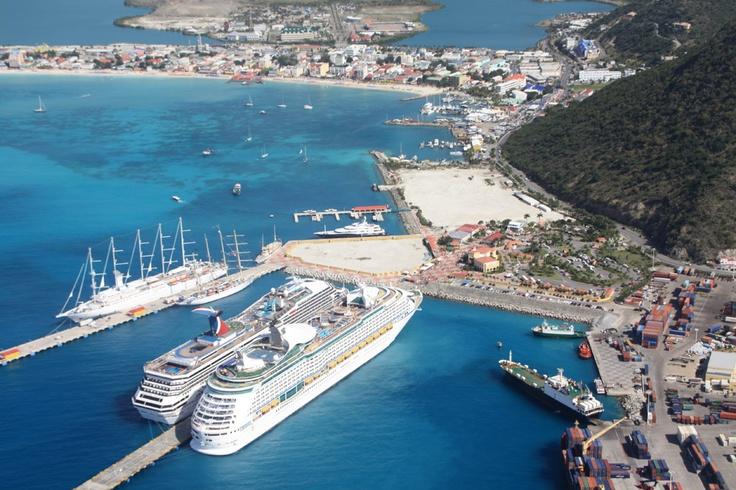 Explore The Beauty Of Caribbean: St. Maarten, US Virgin Islands