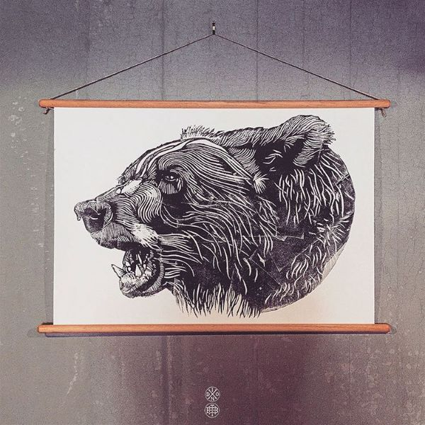 SIDEBEAR WALL HANGING - THEBEARHUG.COM #bear #sidebear #lukedixon #illustration #lino #wallhanging #thebearhugco