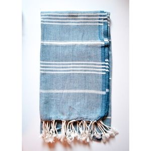 Turkish-towel-blue-and-white-stripe.jpg