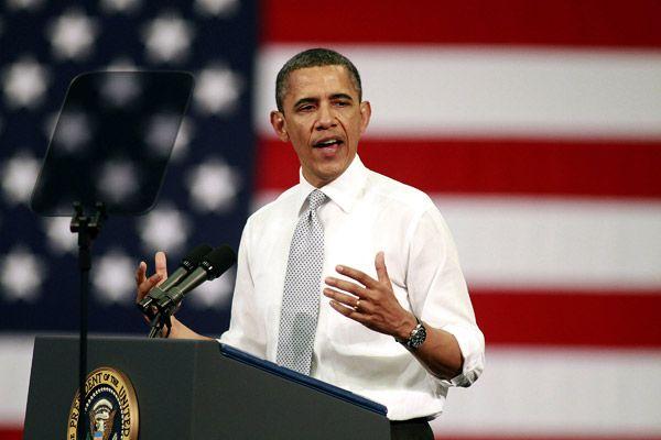 U.S. President Barack Obama speaks on the economy at Florida Atlantic University on April 10, 2012 in Boca Raton, Florida.