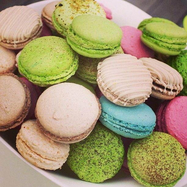 $  #Macarons много не бывает :)
