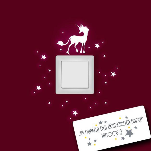 Wandtattoo Einhorn mit Sternen fluoreszierend M952
