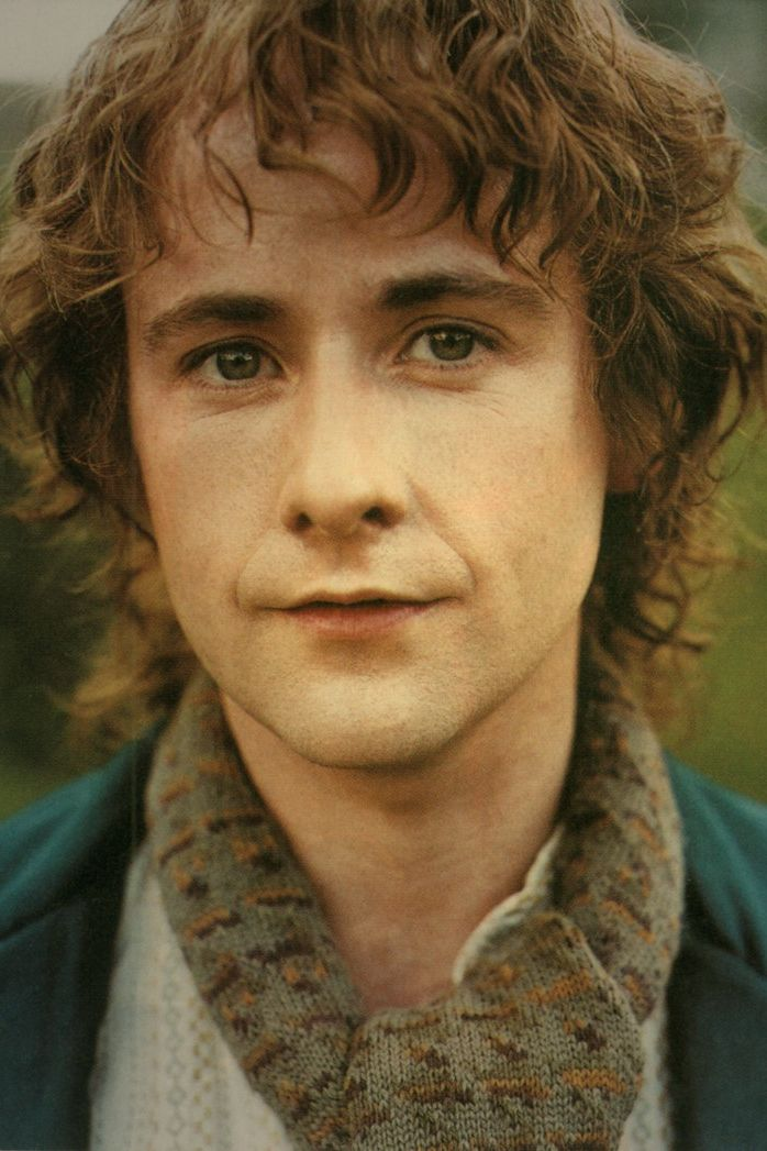 Billy Boyd, a singing hobbit.