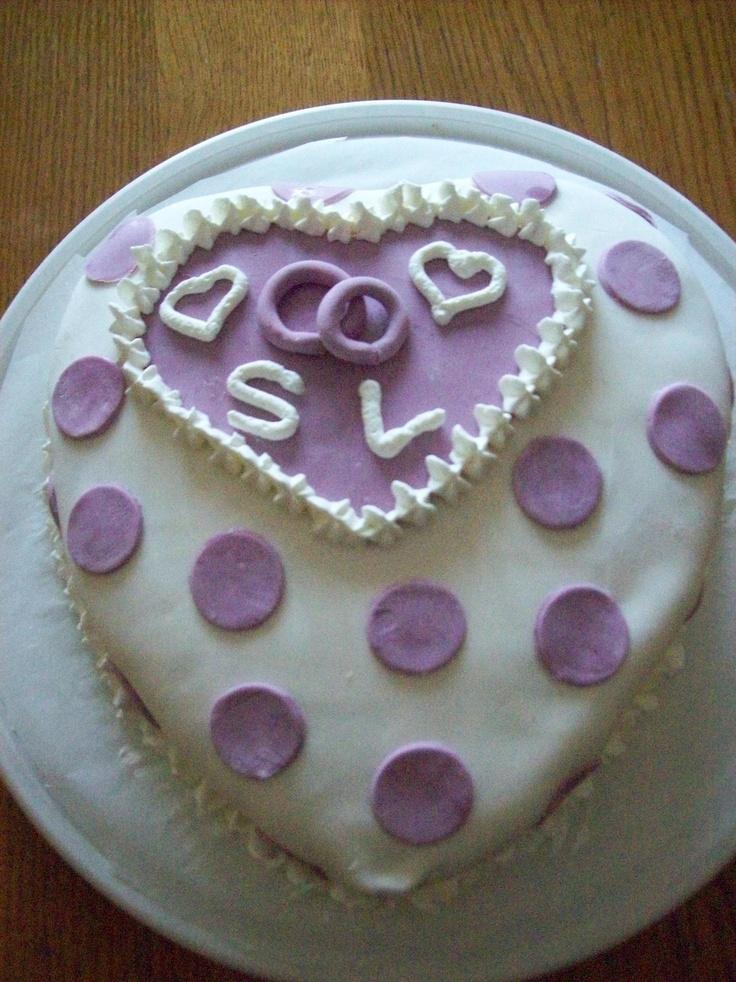 My wedding anniversary cake!!! <3