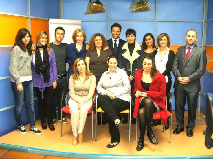 En el ICE Instituto de Comunicación Empresarial durante un curso junto a mis compañeros con Manuel Campo Vidal como director y profesor.