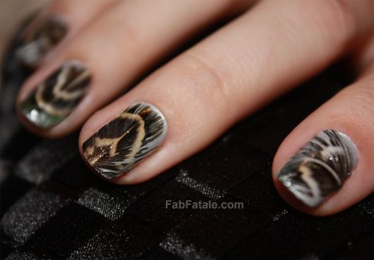 Manicure Mondays – real Feather Nails: Peacock Feathers, Nails Trends, Nailart, Lace Nails, Nailpolish, Colors Club, Feathers Nails Art, Nails Polish, Nails Tutorials