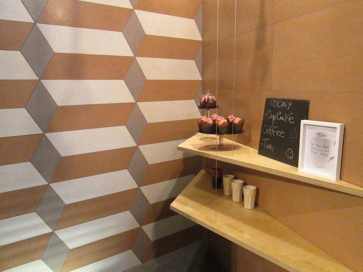 Pasticceria realizzata utilizzando a rivestimento il decoro modular della nostra collezione Visual Design