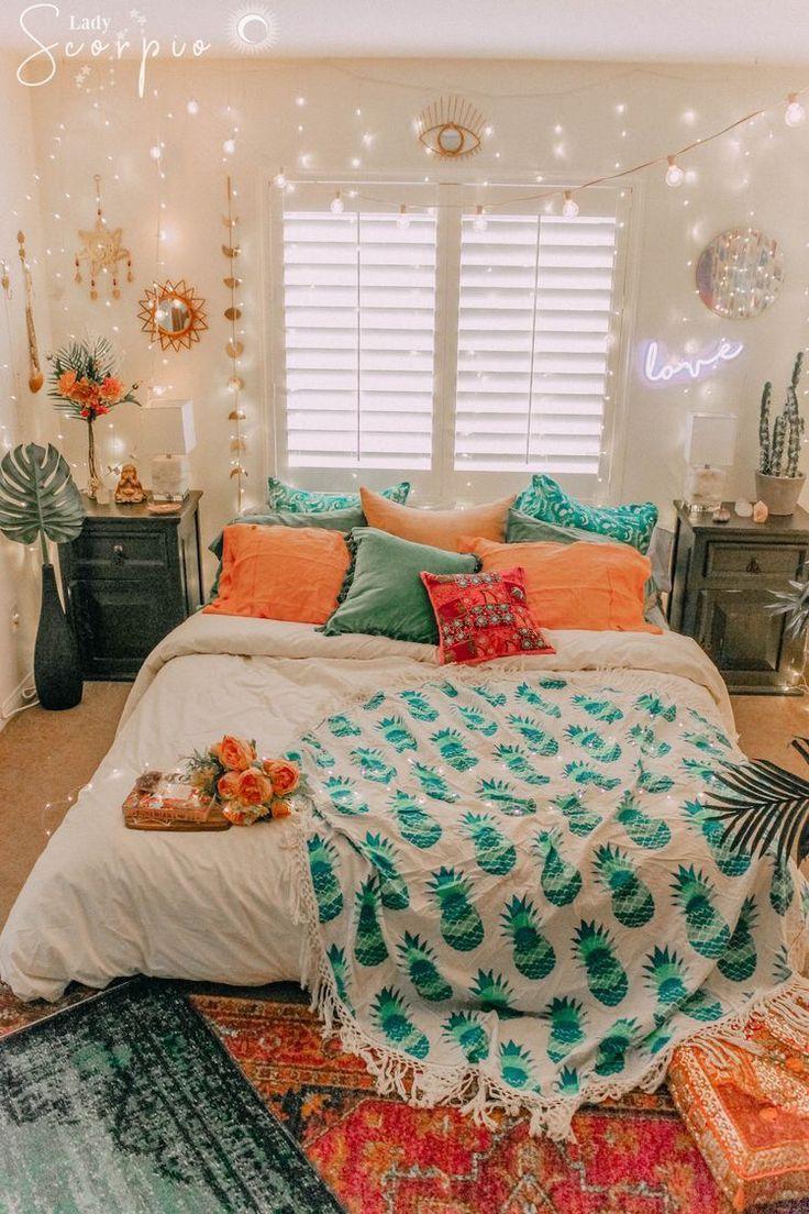 Pinterest E L L A B E L L A Teenage Bedroom Colour Schemes Pink Bedroom Designs For Small Bedroom Interior Bedroom Ideas Aesthetic Bedroom Makeover