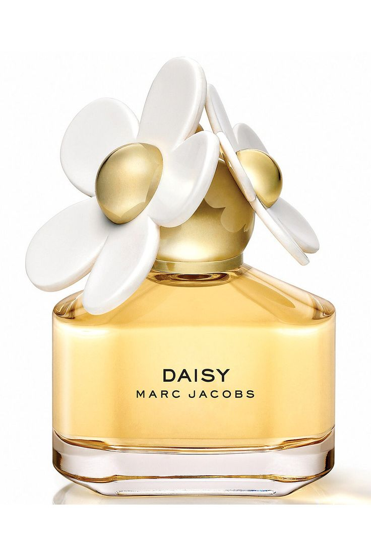 Bright and flirtatious, Enter the world of Daisy: Fresh and feminine, with a playful innocence. Always elegant, always enchanting but not too serious. Daisy for Women Eau de Toilette by Marc Jacobs is