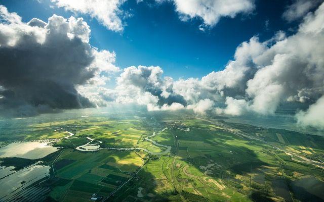 ジェット旅客機の機長がコックピットから撮影した空の上の特別な景色 - DNA