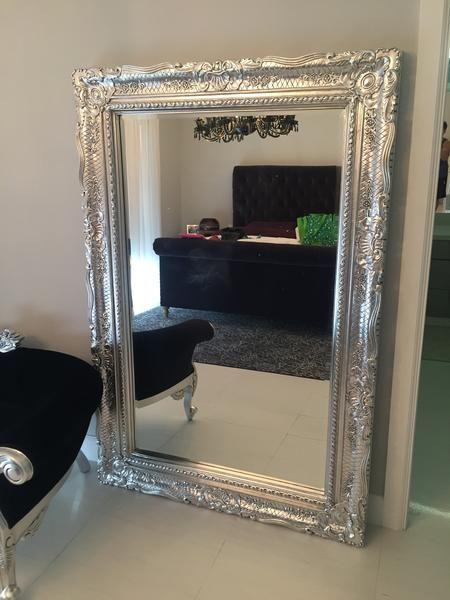 baroque; baroque mirror; ornate mirror; rococo mirror; baroque bedroom review; fabulous and baroque; French furniture; liv-chic; rococo; rococo furniture