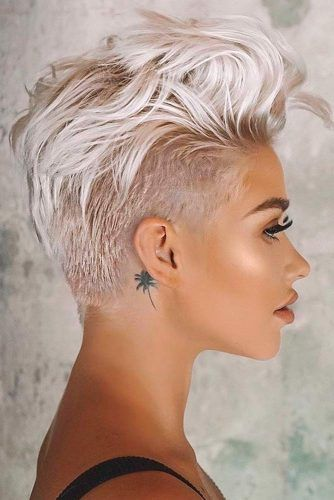 Amazing Long Pixie For Your Stylish And Dramatic Look #blondehair #shorthair