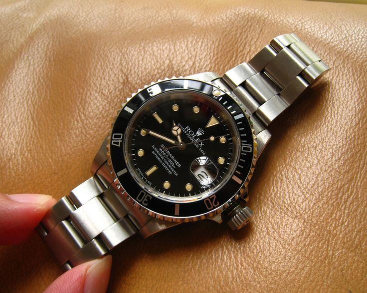Rolex 16610 Mint condition Patina Submariner E-serial
