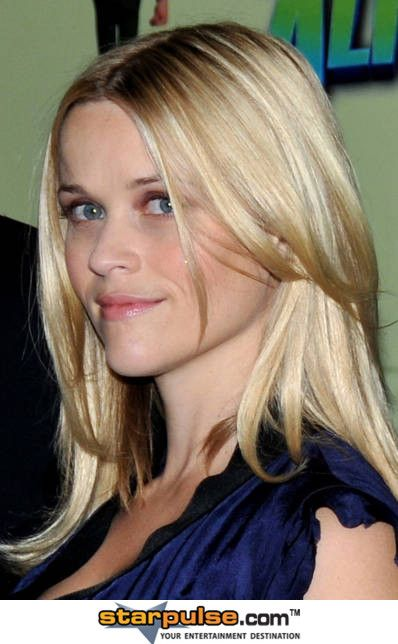 """Reese Witherspoon Pictures & Photos - """"Monsters vs. Aliens"""" (""""Monstres Contre Aliens"""") Paris Photocall - Arrivals"""