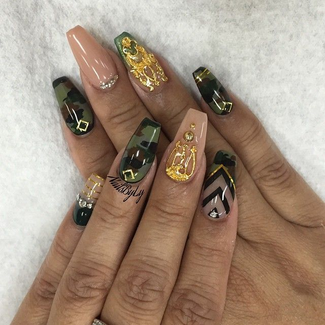 Army/Camo design coffin nails, love these
