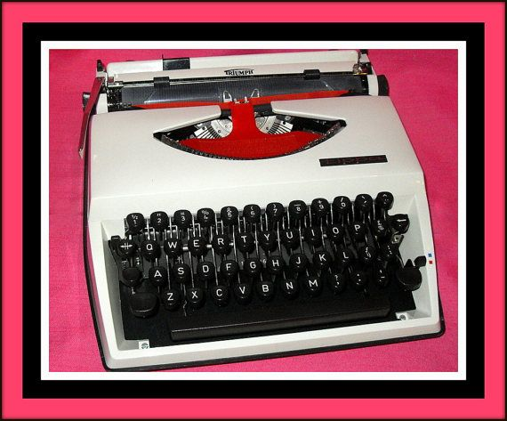 Working Triumph Tippa typewriter. White portable by Woests on Etsy