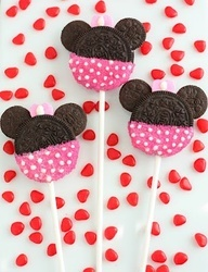 Minnie and Mickey Mouse Oreo Cookie Pops