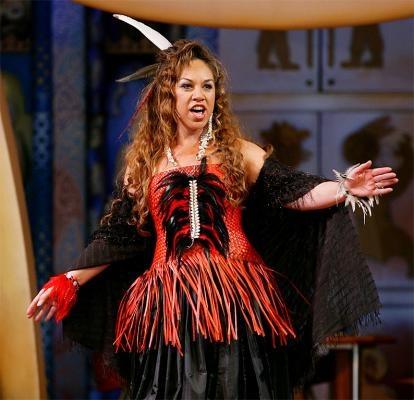 Nga Kakahu Fashion show at Te Papa to celebrate matariki 2011