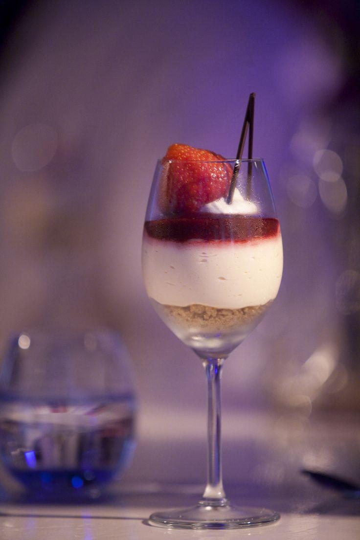 Kerstdessert in een mooi wijnglas