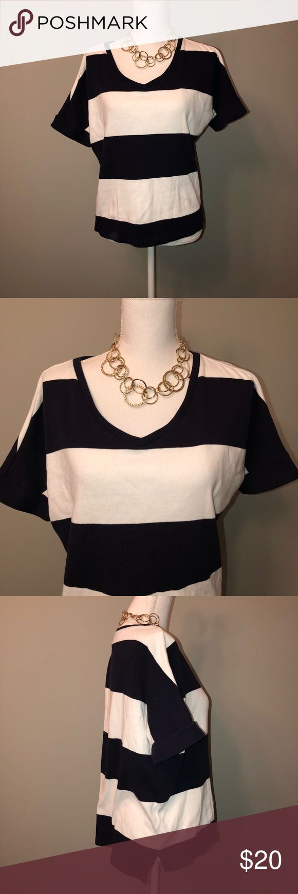 "Talbots blue white stripe top women size large Necklace not included *** Preowned in excellent condition Talbots sweater top women size large . Navy blue and white horizontal stripes. Thick sweater like shirt . Scoopneck. Short sleeves . Stretchy. 100% Cotton  No piling , stains or tears Smoke free/pet free Measurements are taken laid flat  Underarm to underarm 23"" Underarm to bottom seam 13"" Shoulder to shoulder 17"" Talbots Tops Sweatshirts & Hoodies"