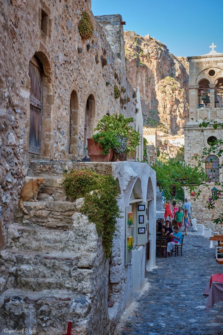 Greece Travel Inspiration - exploring the castle town of Monemvasia: the best preserved medieval town in Greece