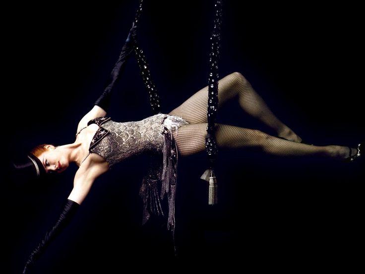 Nicole Kidman in Moulin Rouge ! by Baz Luhrmann, 2001