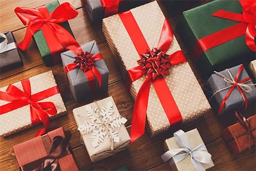 We examine the best holiday gifts for teachers this season. http://www.teachhub.com/holiday-gifts-teachers