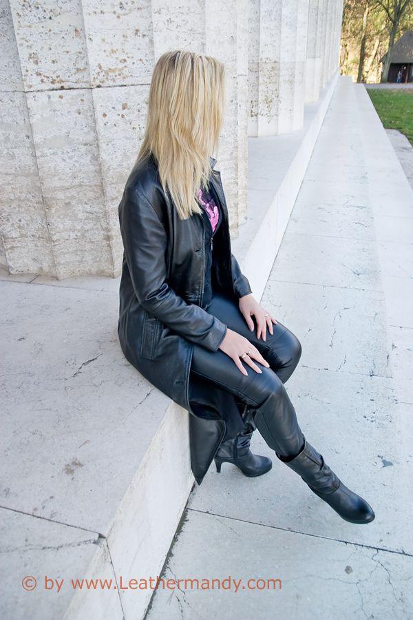 Bild: leathermandy0147187d32.jpg - abload.de