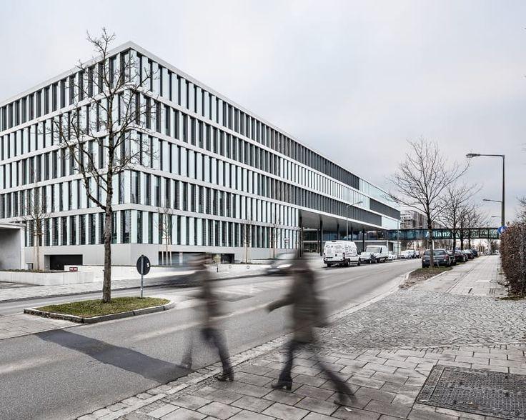 Auer Weber  , Aldo Amoretti · Allianz Campus Unterföhring