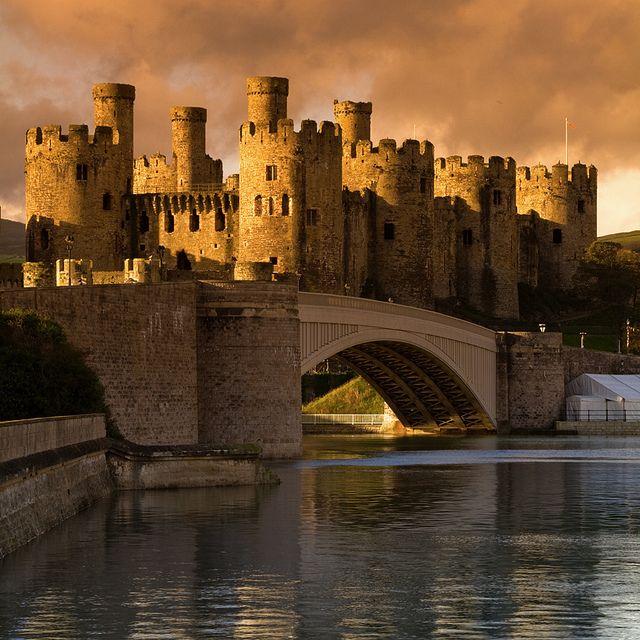 Castillo de Conwy, Gales, Reino Unido. Construido por Eduardo I a finales del año 1200. Gales del Norte.