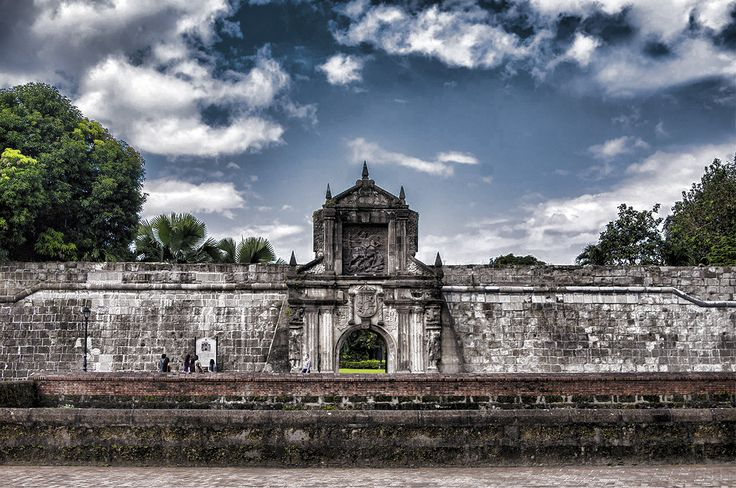 A citadel built by Miguel Lopez de Legaspi as a defense for Intramuros, Fort Santiago holds a large significance to Philippine history. During the Spanish Colonial Period and the World War II, many lives were lost. However, the most notable of them all is Dr. Jose Rizal, who spent more than a month in one of the cells, until the day before his execution on Dec. 30, 1896.   #FortSantiago #HistoricalPlaces  Image Source: https://theincoherentellipsis.wordpress.com