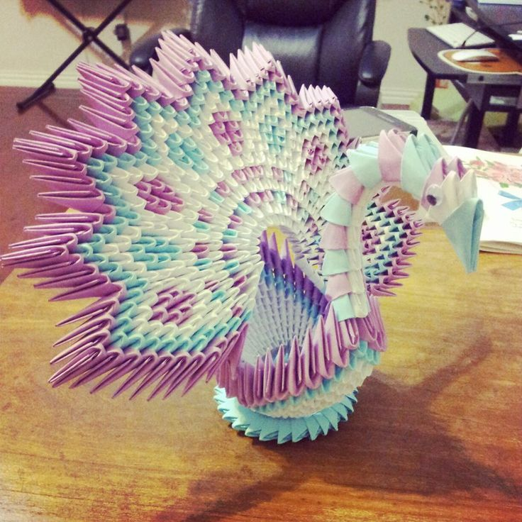 3D Origami: Flower-Shape Peacock by ~chingu99 on deviantART
